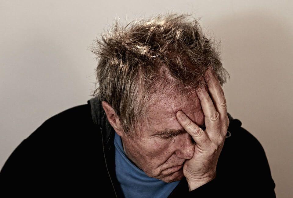 Imagen en la que se refleja la desesperación que supone convivir con dolor crónico.