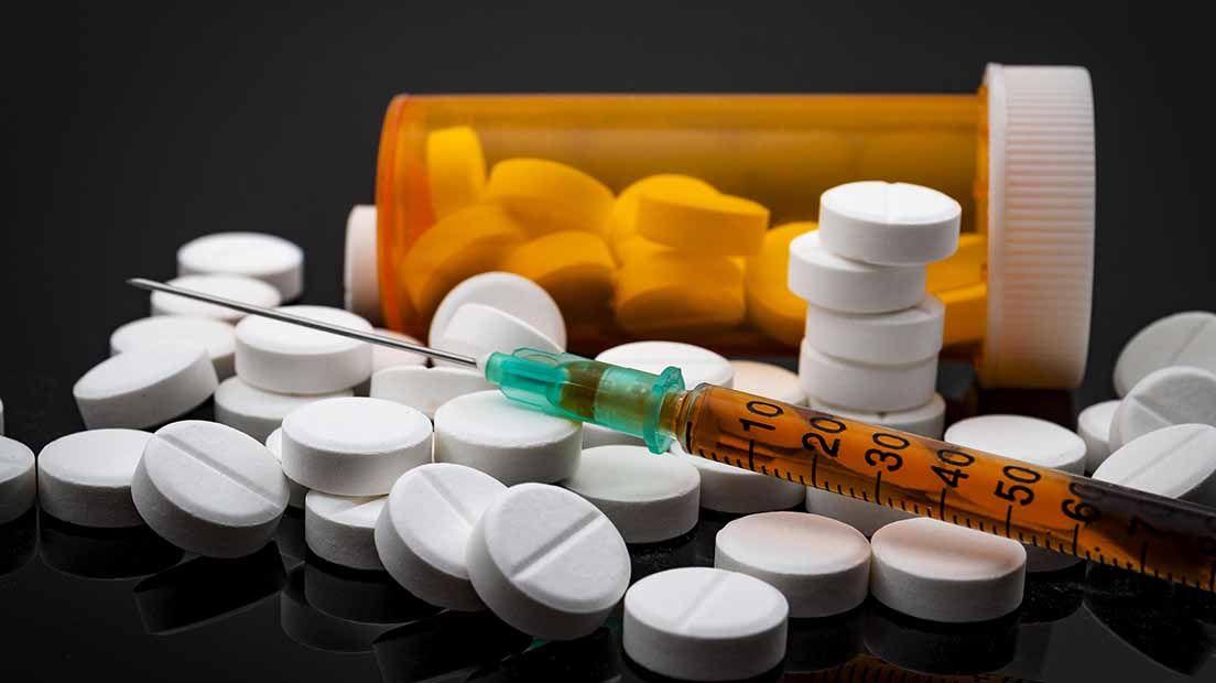 Los medicamentos interactúan de muchas forma con la marihuana